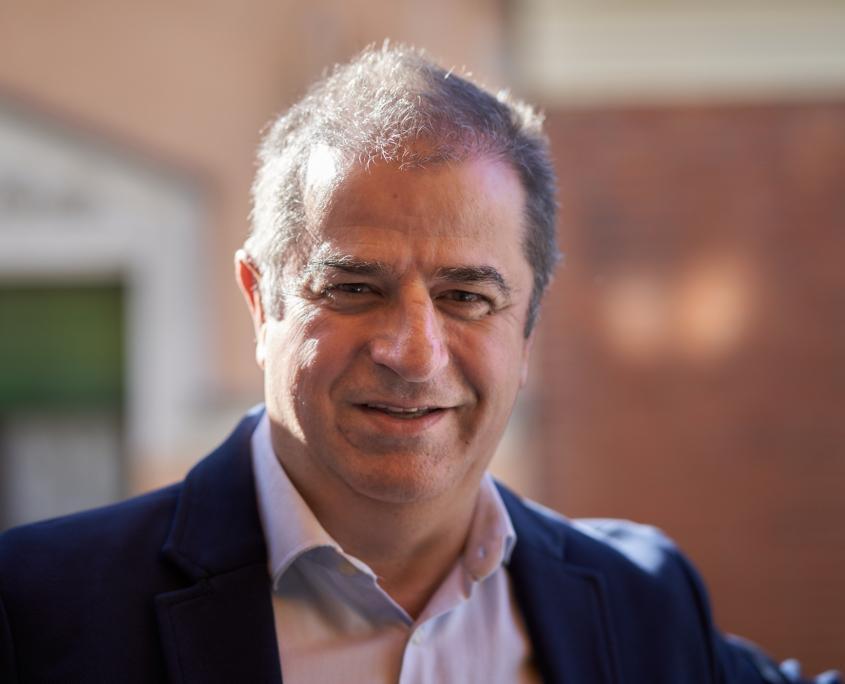 Luis Fernández Coach